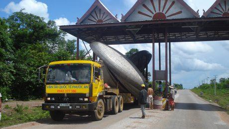 Chuyển hàng đi Phnom Penh