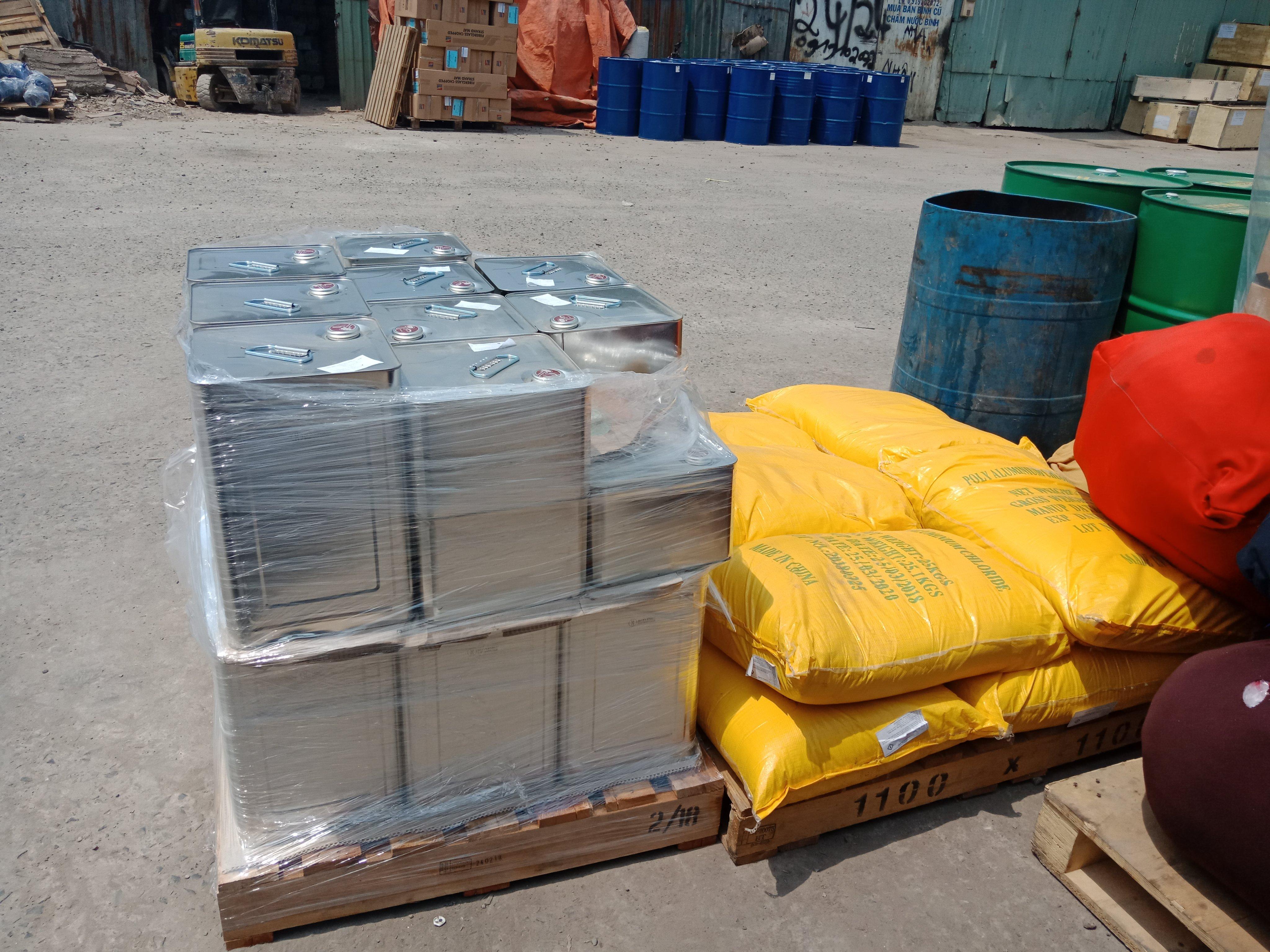 Những mặt hàng được vận chuyển đi Lào
