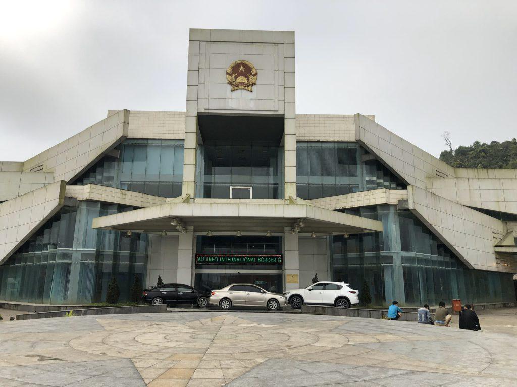 Chuyển hàng từ Sài Gòn đi Pakse (Lào)