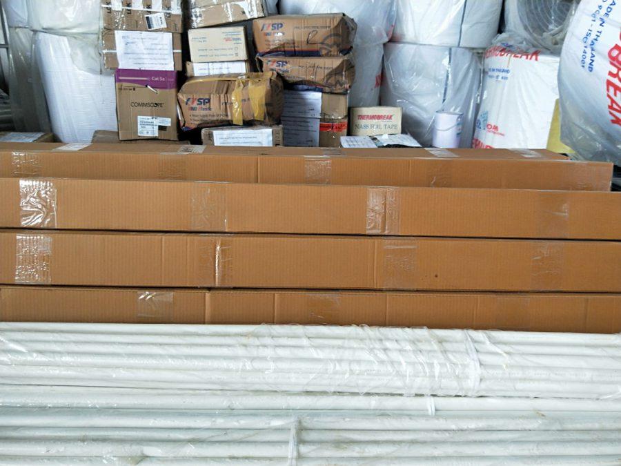 nhận chuyển các loại hàng hóa đi lào ,liên hệ 0969377386/0967911122