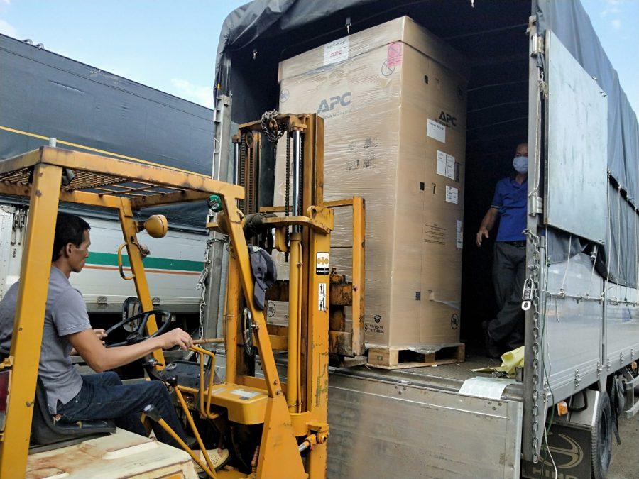 Chuyên vận chuyển hàng hóa đi Lào  0969377386