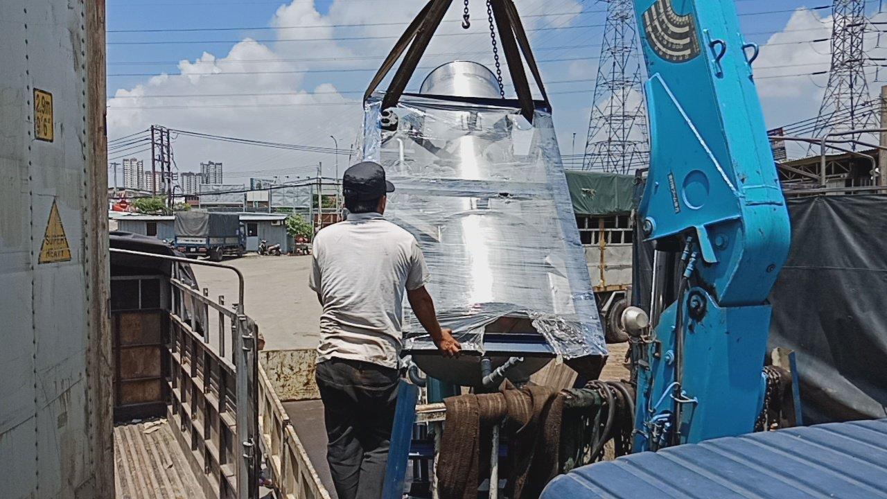 Chuyển hàng tiểu ngạch đi Campuchia