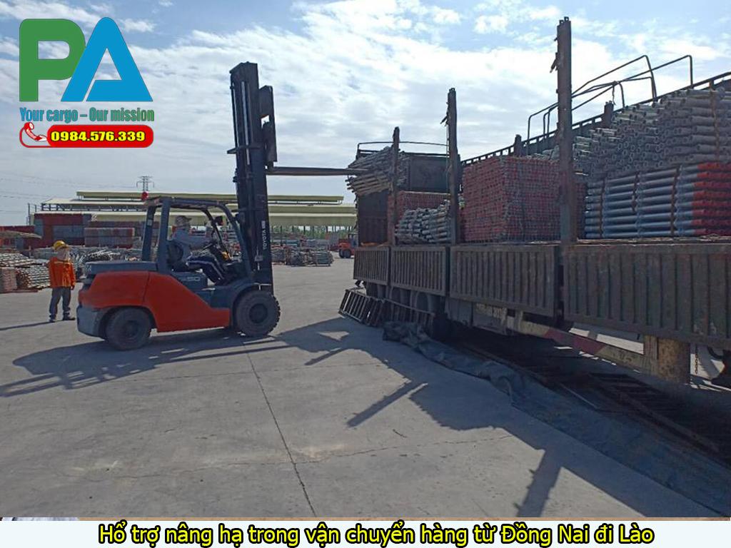 Hổ trợ nâng hạ trong vận chuyển hàng từ Đồng Nai đi Lào