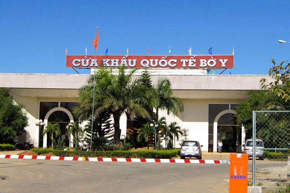 Cửa khẩu quốc tế bờ y Việt - Lào