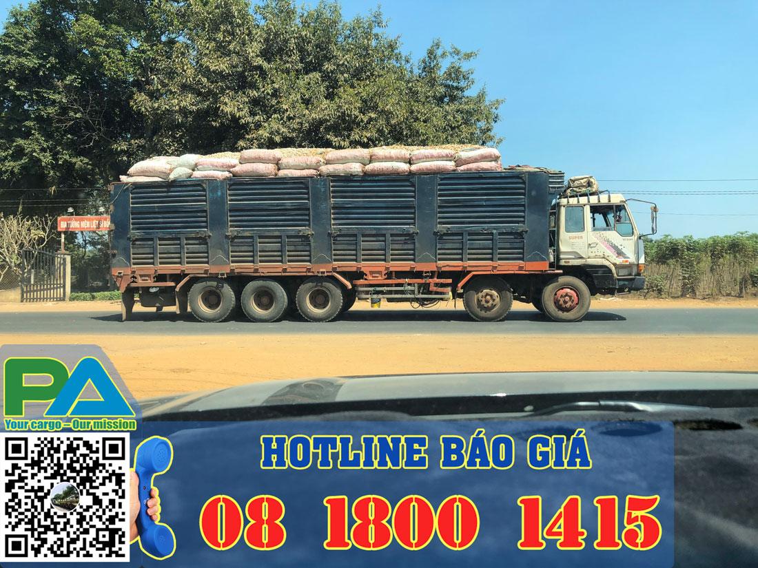 Xe tải vận chuyển hàng hóa đi Phnom Penh