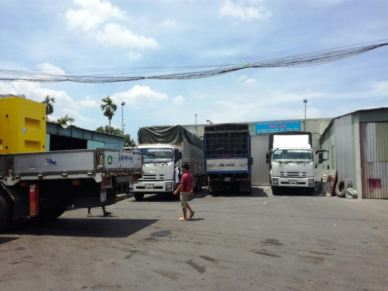Một số chành xe vận chuyển hàng của Phước An