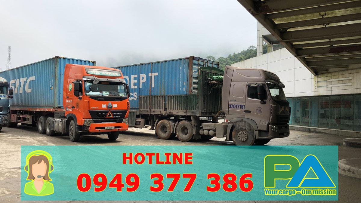 Xe tải vận chuyển hàng đi LÀO