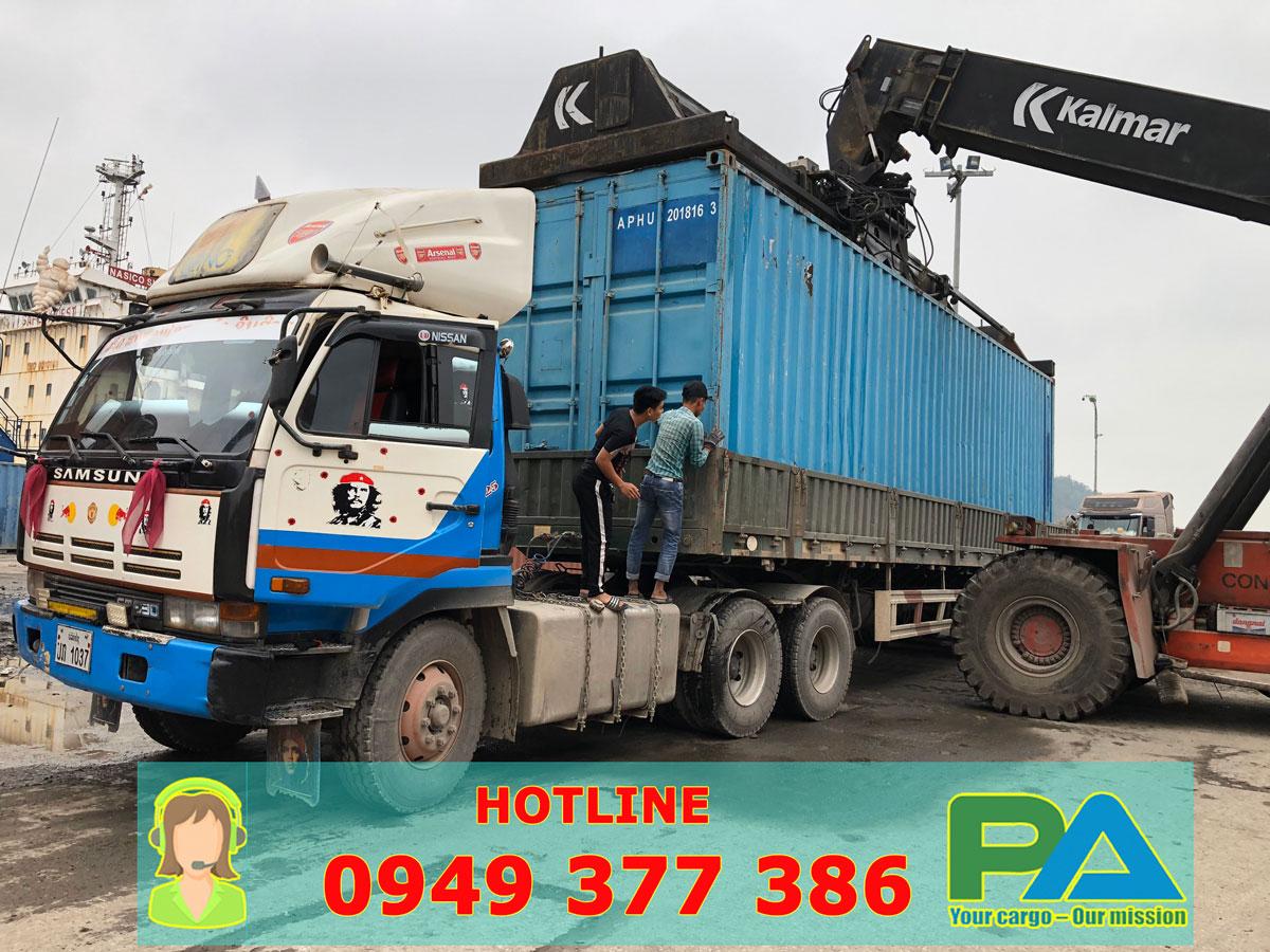 Xe tải mui bạt chuyển container đi Lào