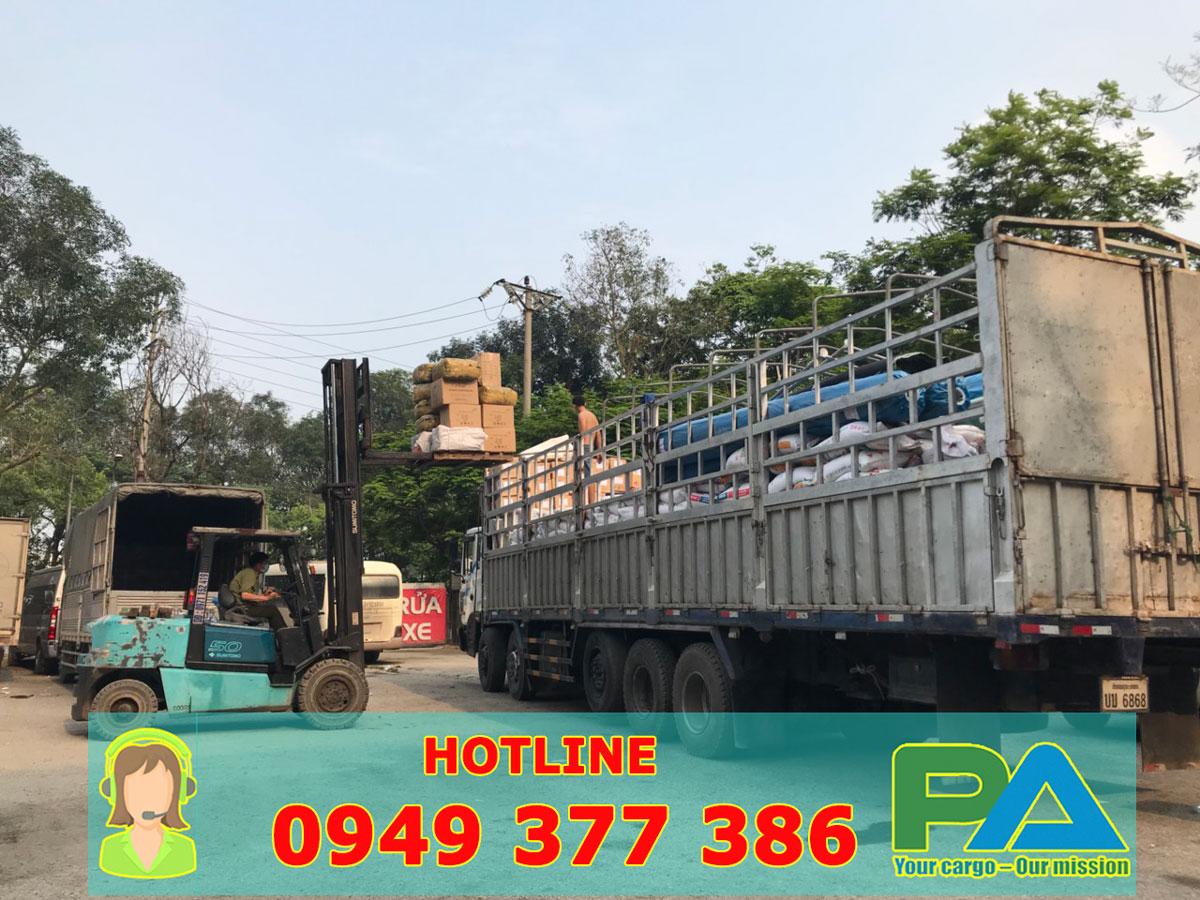 Xe tải vận chuyển hàng Long An đi Lào