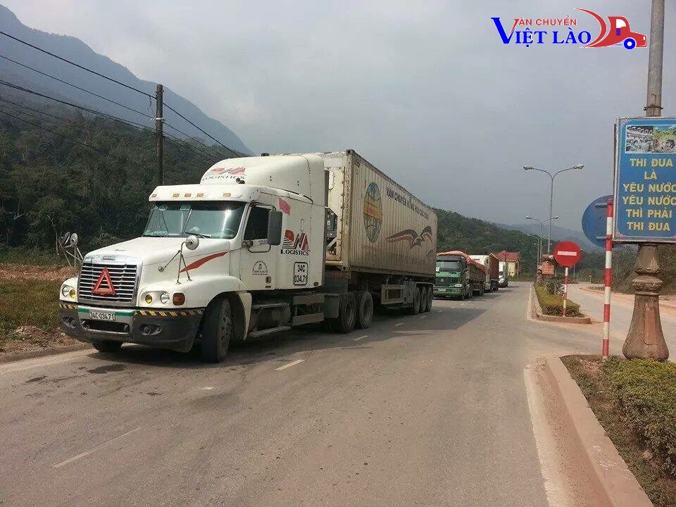 Các tuyến vận chuyển hàng hóa Borikhamxay - Hà Nội